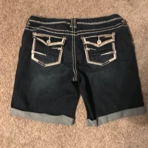 Maurice's shorts