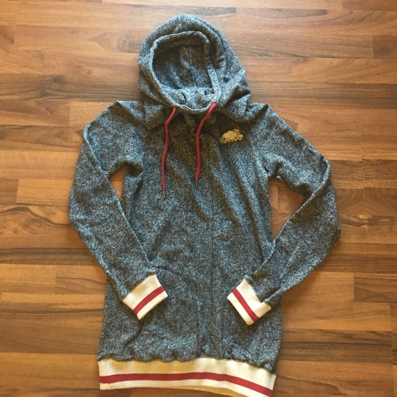 95efba82e79  Roots  cabin pullover slouch hoodie. M 59ea320ac6c79504b5019107