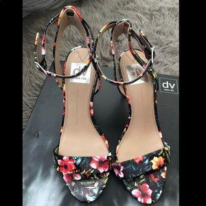 DOLCE VITA Floral heels