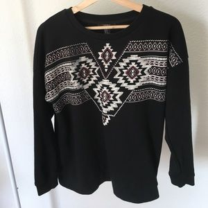 Forever 21 black Aztec print sweatshirt