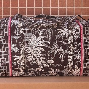 Vera Bradley Large Duffle Bag in Imperial Toile