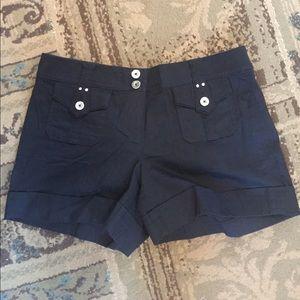 Women's size 10 shorts white house black market
