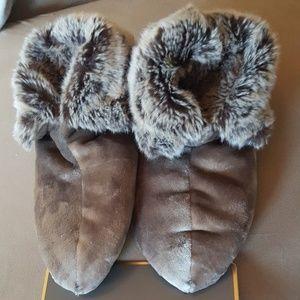 Faux Fur Luscious Slippers