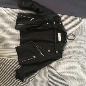 Cute black cropped faux leather jacket