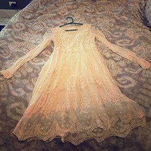 Chicwish ivory lace midi dress