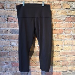 Lululemon black crop legging, sz 10, 55003