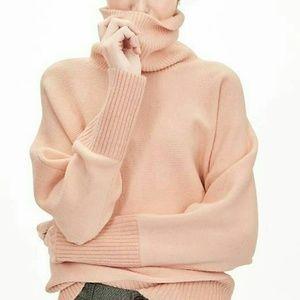 Banana Republic oversized turtleneck sweater M/L