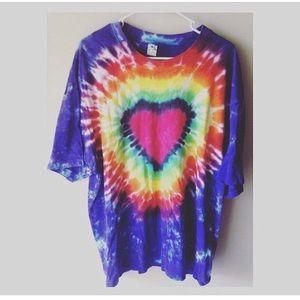 90s Vintage Tie Dye Heart Woodstock Shirt XL