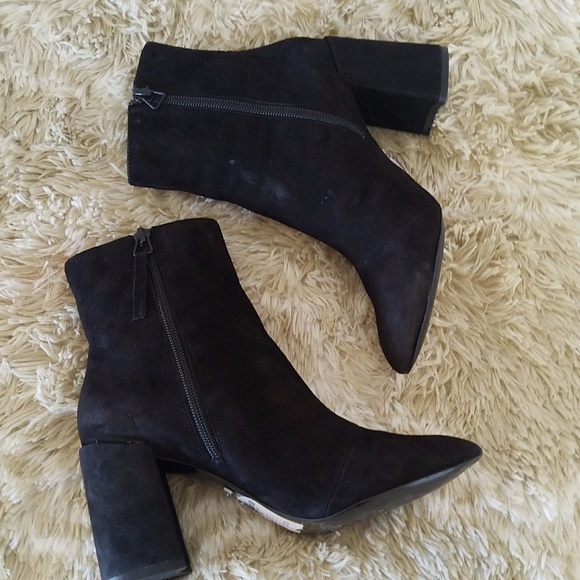 32b0f776d99 Topshop HEART Suede Flare Heel Ankle Boots 5.5