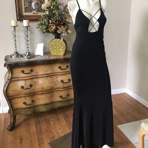SEEK gown