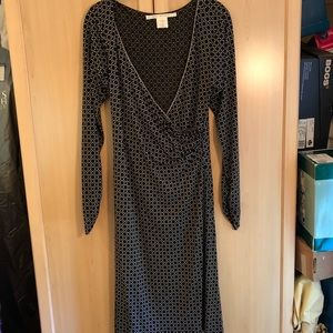 Max Studio Black & Beige patterned dress