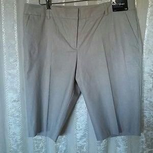 New York & Co Linen Bermuda City Shorts NWT