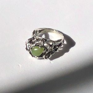 🆕Vintage Sterling & Jade Abstract Ring