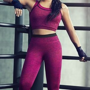 Demi Lovato Fabletics Outfit