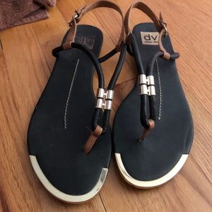 dolce vita thong sandals