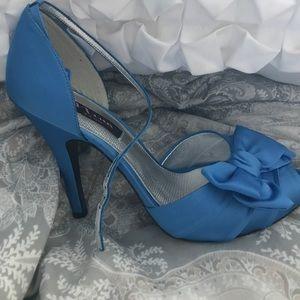 Nina brand peep toe heels