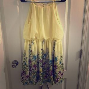 Beautiful Floral Dress - Never Worn!