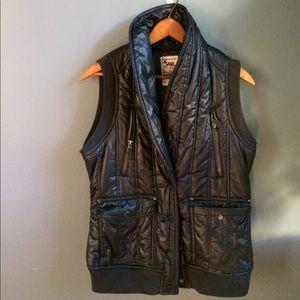 Triple Five Soul Vest