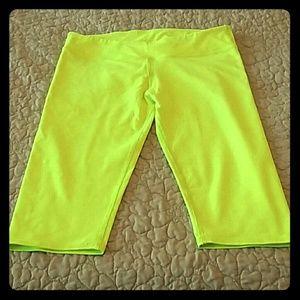 Fabletics crop length salar leggings
