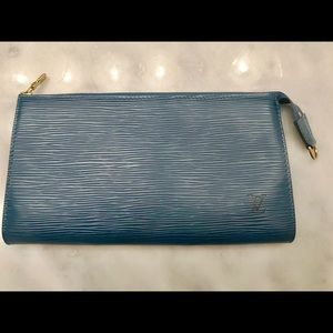 Louis Vuitton EPI Pochette Accessories in Blue