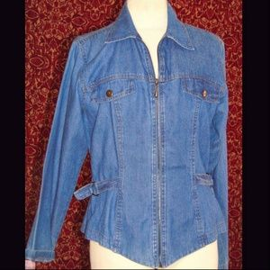 ASHLEE VINTAGE lite wash denim zip front jack 12