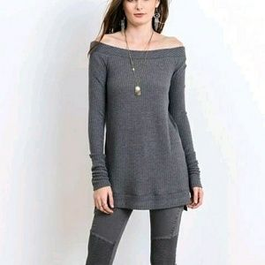 Tops - Long Sleeve Cold Shoulder Sweater Top