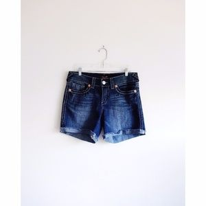 Seven7 Dark Wash Cuffed Jean Shorts sz 10 - NWOT