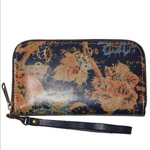 Patricia Nash Italian Leather Biscay Wallet