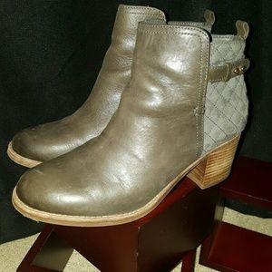 GRAY LEATHER/SUEDE SPERRY BOOTS
