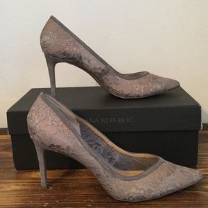 Banana Republic grey lace Madison heels