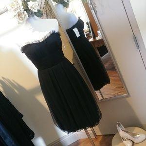 Vera Wang strapless little black cocktail dress