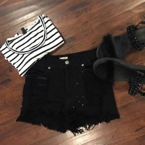 John Galt by Brandy  blk studded shorts sz 24