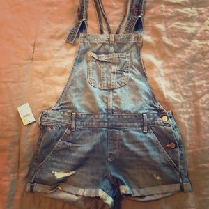 Hollister distressed suspender shorts