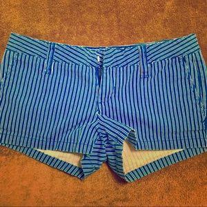 Hurley Lowrider Shorts 🌊 size 7