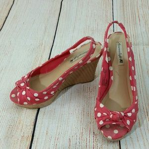 Shoes - 5/$25 Polka Dots wedge shoes