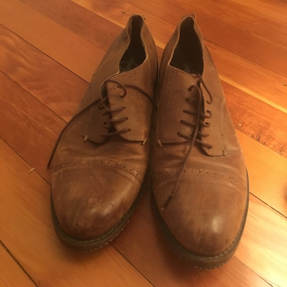 Shoes - Brown leather shoes size 6.5