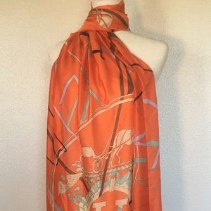 """Authentic Hermes """"""""Attrape Tes Reves"""""""" Silk Scarf"""