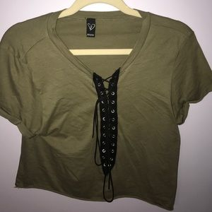 Army green cropped t shirt with black tie