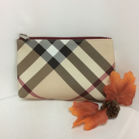 7d72659bf6 Burberry Handbags - Burberry Nova Check Cosmetics Bag