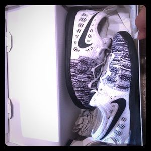 Nike.KD9. Great condition. With box . Size 10c