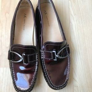 Wine loafers shoes