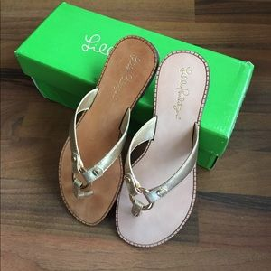New Lilly Pulitzer Gold Leather Sandals