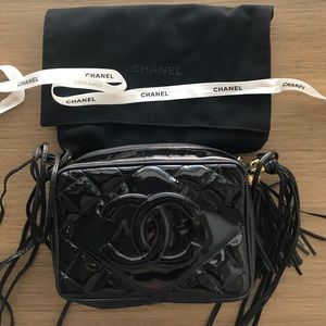 CHANEL crossbody bag in great condition