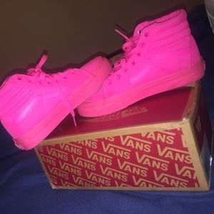 sk8 Hi Neon Pink Vans