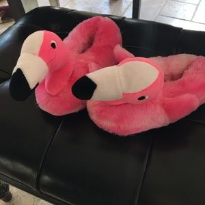 Other - Kids flamingo slippers