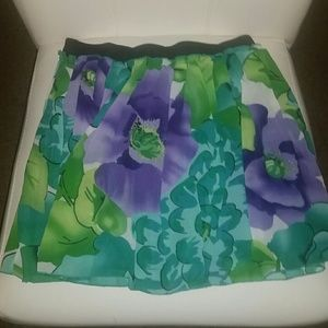 Forever 21 floral skirt sz small