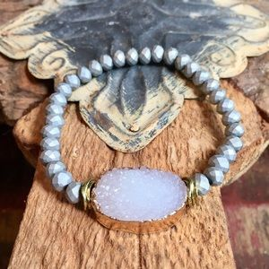 Jewelry - Druzy stretch bracelet