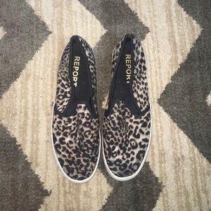 Report leopard slip on