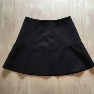 J. Crew black skirt lined with zipper Sz 6