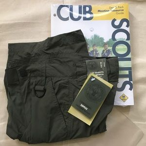 NWT- CubScout uniform wet/dry shorts Youth Small